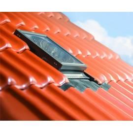 Sunlux Pine 55cm x 78cm Top Hung Roof Window (£ 138.00)