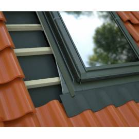 Fakro DEG 60x90 Electric Opening Flat Roof Window Double Glazed (£ 1,061.00)