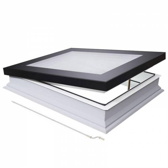 Fakro DMF 100cm x 100cm Manual Flat Roof Window & Kerb Triple Glazed