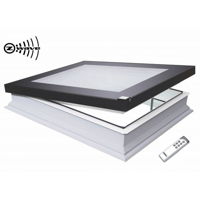 Fakro DEF 80cm x 80cm Electric Flat Roof Window & Kerb Triple Glazed