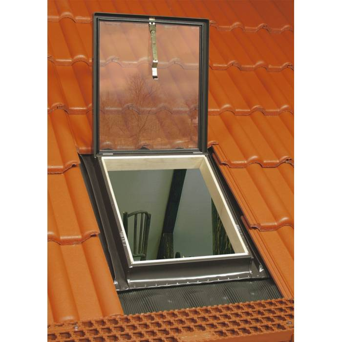 Optilook 46cm x 75cm Skylight Roof Access Exit With Integrated Flashing