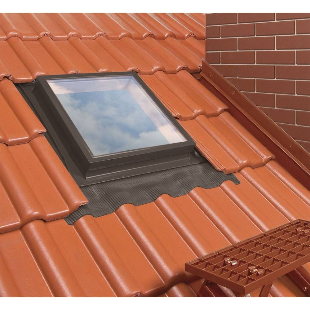 Optilook 46cm X 55cm Skylight Roof Access Exit With