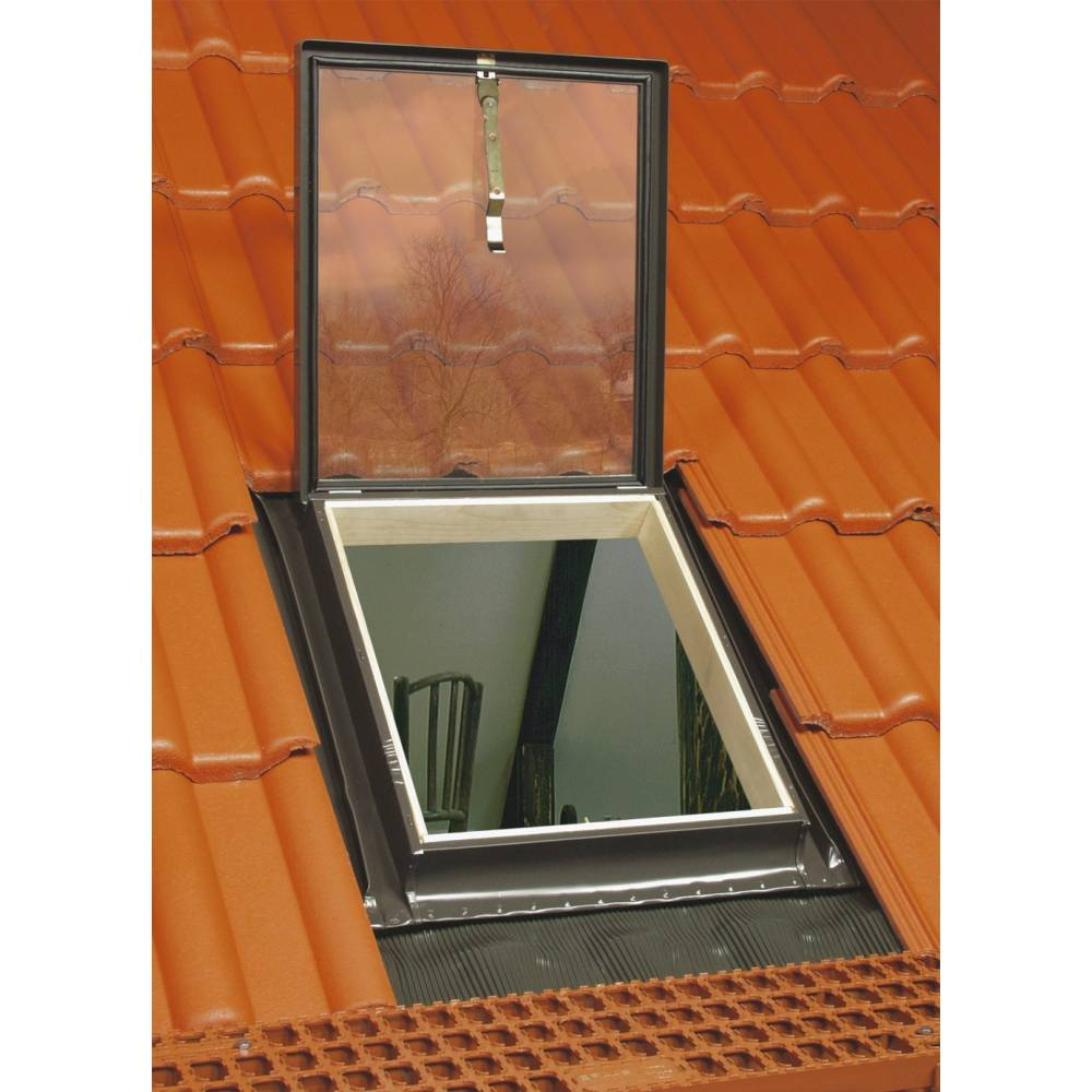 Sunlux 46cm x 55cm skylight roof light exit with for Velux skylight control rod