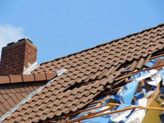 How to prevent roofing problems