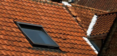 Pros and Cons of Having Skylights